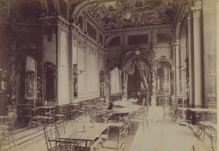 A New York Kávéház pompázatos belső tere az 1800-as évek végén