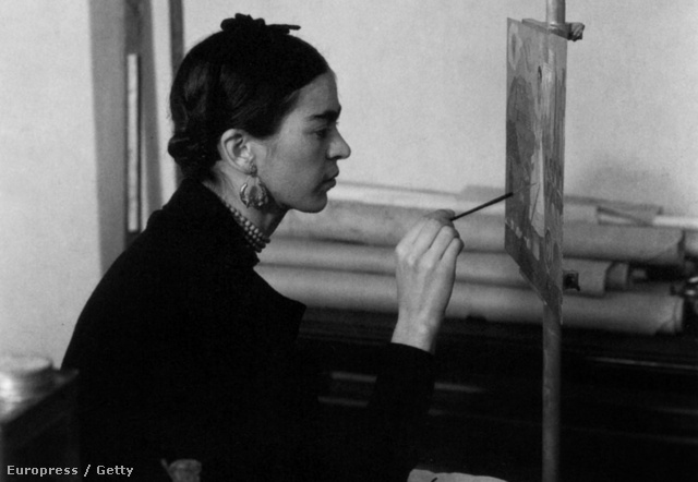 Frida dolgozik