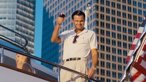 A Wall Street farkasa - Leonardo DiCaprio (forrás: filmtrailer.hu)