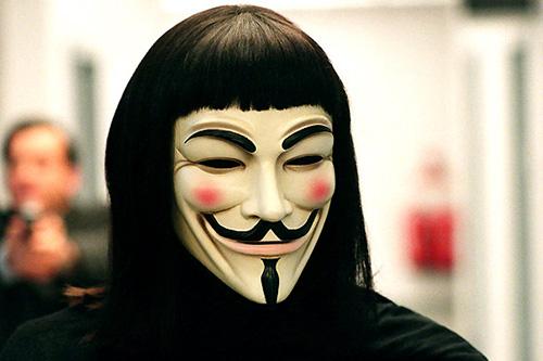 Emblematikus és enigmatikus a Vendetta/Anonymus-álarc