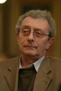 Tatár György