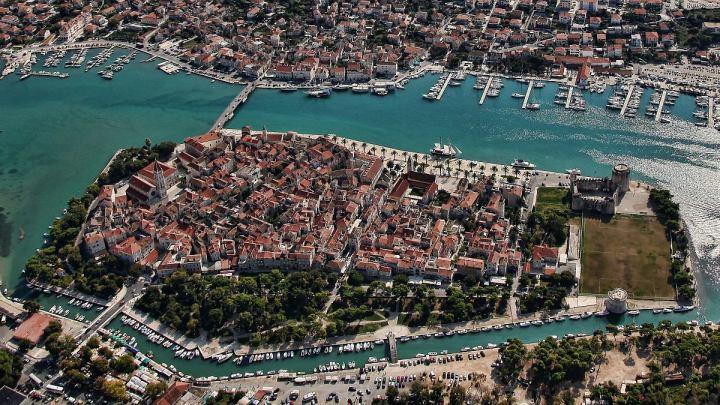 Trogir (Trau) szigeti magja