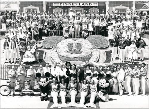 Az első Disneyland megnyitója, 1955