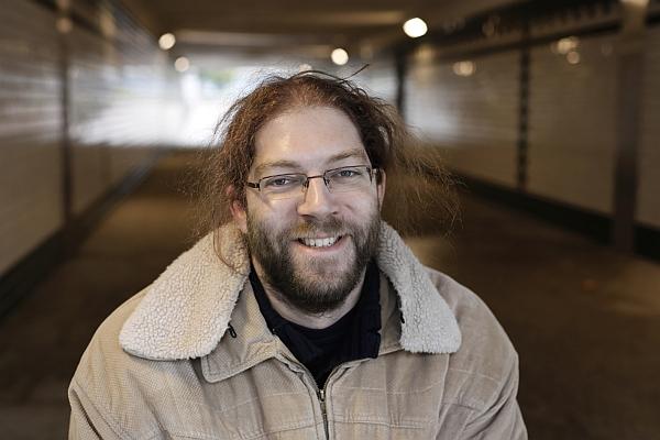 Varró Dániel magyar költő, 1977. szeptember 11-én született Budapesten.