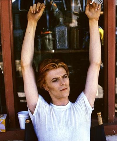 David Bowie, Új-Mexikó, Fenton Lake Salt Park, 1975 (Fotó: Geoff MacCormack/Rock Archive)