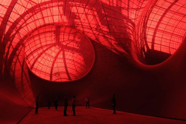 Anish Kapoor: Leviathan (belső nézet), 2011, Monumenta kiállítás, Grand Palais, Párizs