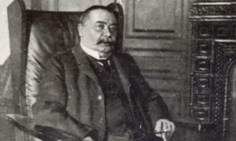 Mikszáth Kálmán 1874. január 16-án született Szklabonyán (Szlovákia), ma Mikszáthfalva. (Elhunyt 1910. május 28-án, Budapesten)