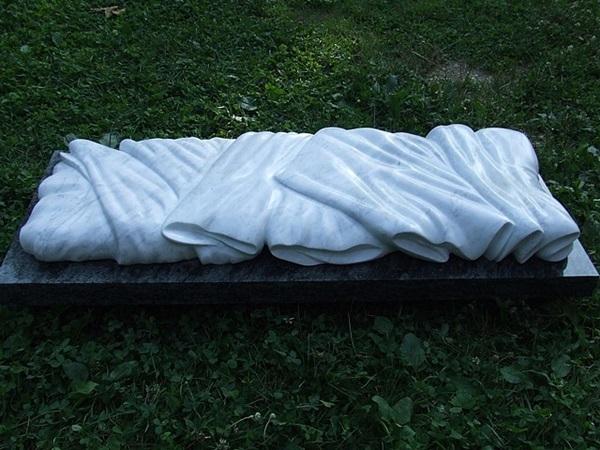 Pokorny Attila: Fátyol, 2006 (fotó: pkf-imagecollection.org)
