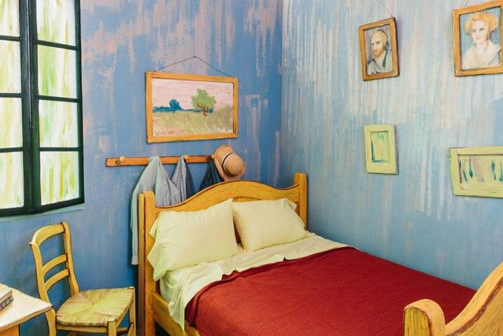van-gogh-bedroom-real2