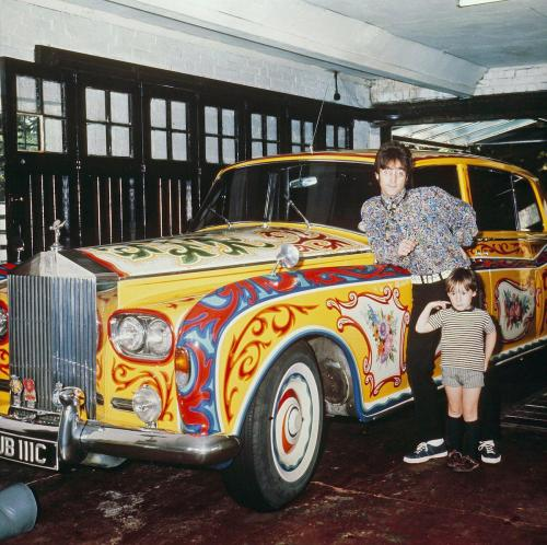 lennon-car