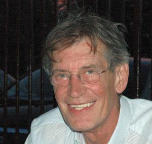 Váczy András 1947-ben született, Budapesten